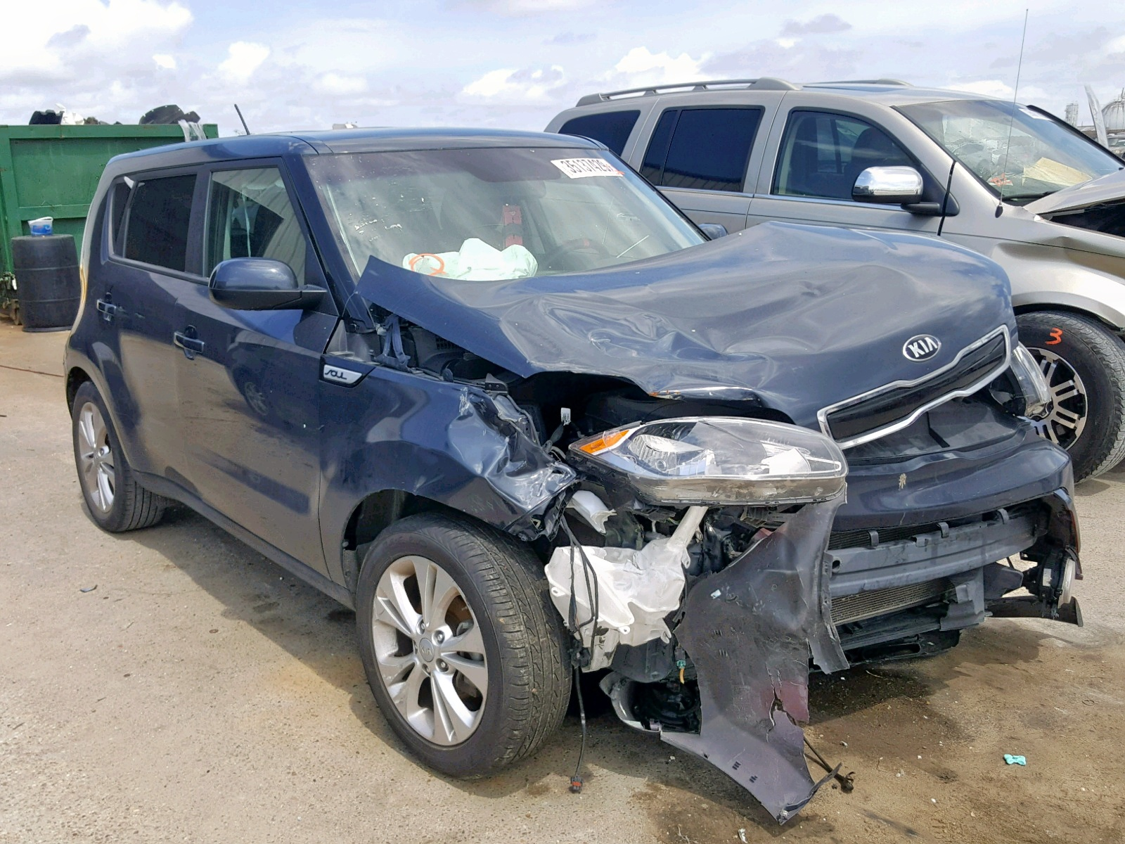 click here to view 2016 KIA SOUL + at IBIDSAFELY
