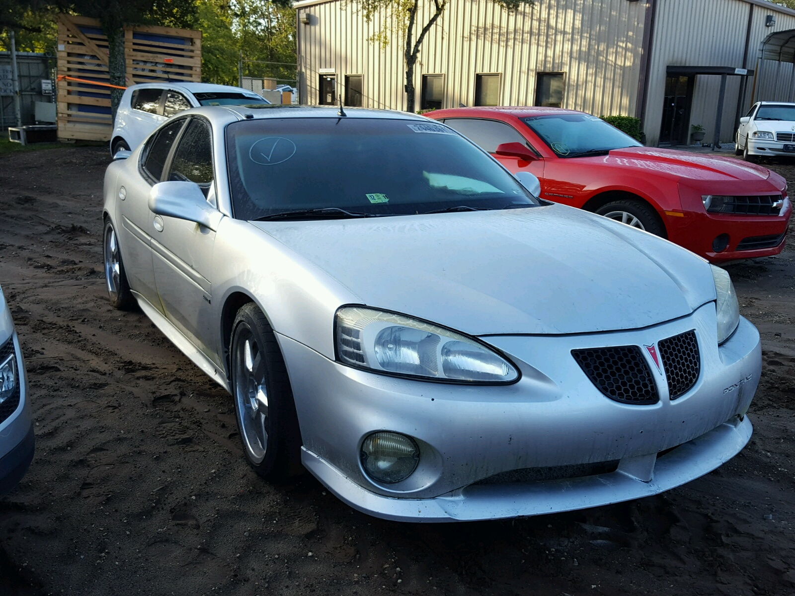 COPART Lot #24463617 2004 PONTIAC GRAND PRIX