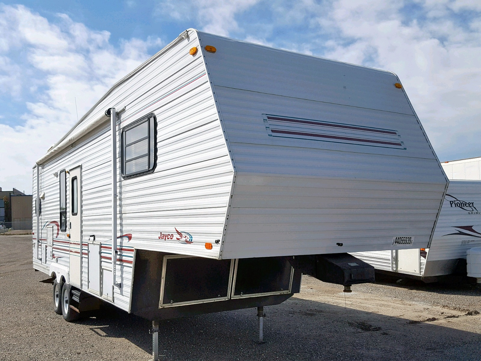 click here to view 1998 JAYCO 5TH WHEEL at IBIDSAFELY