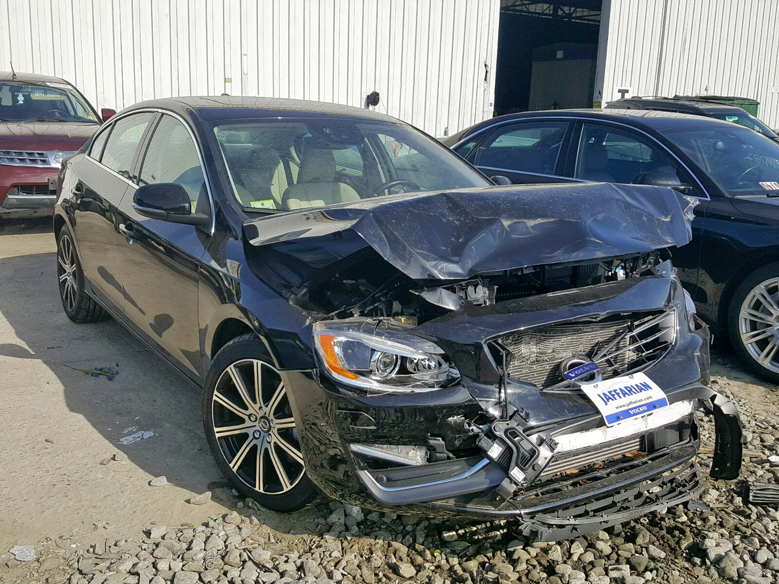 click here to view 2016 VOLVO S60 PLATIN at IBIDSAFELY