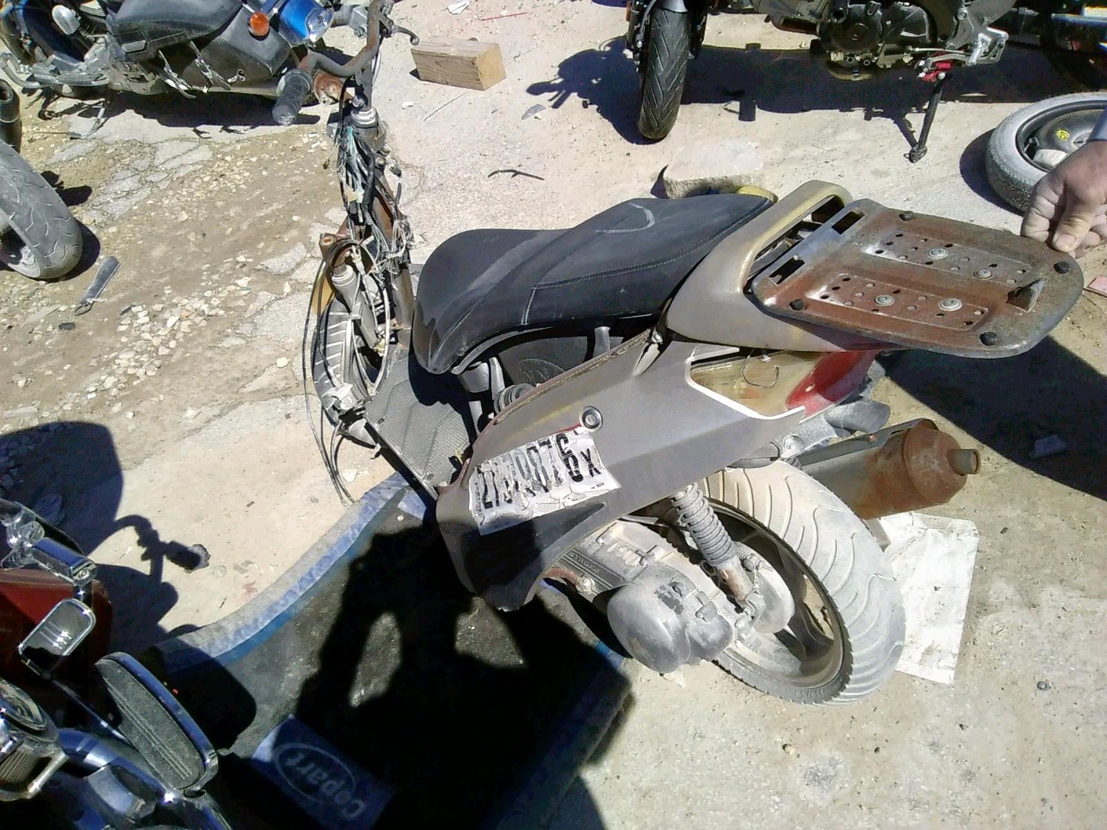 L9NTELXB4D1002592 - 2013 VESPA BUDDY 125