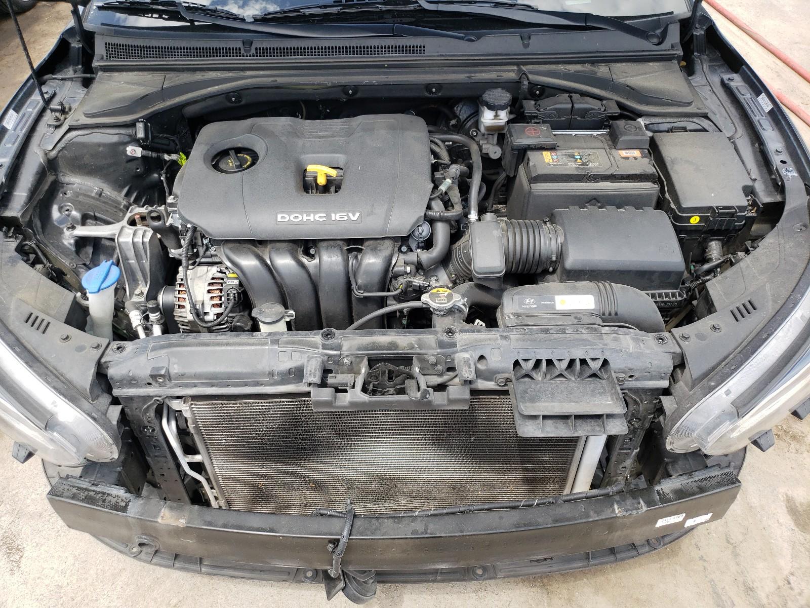 Hyundai Veloster b 2020