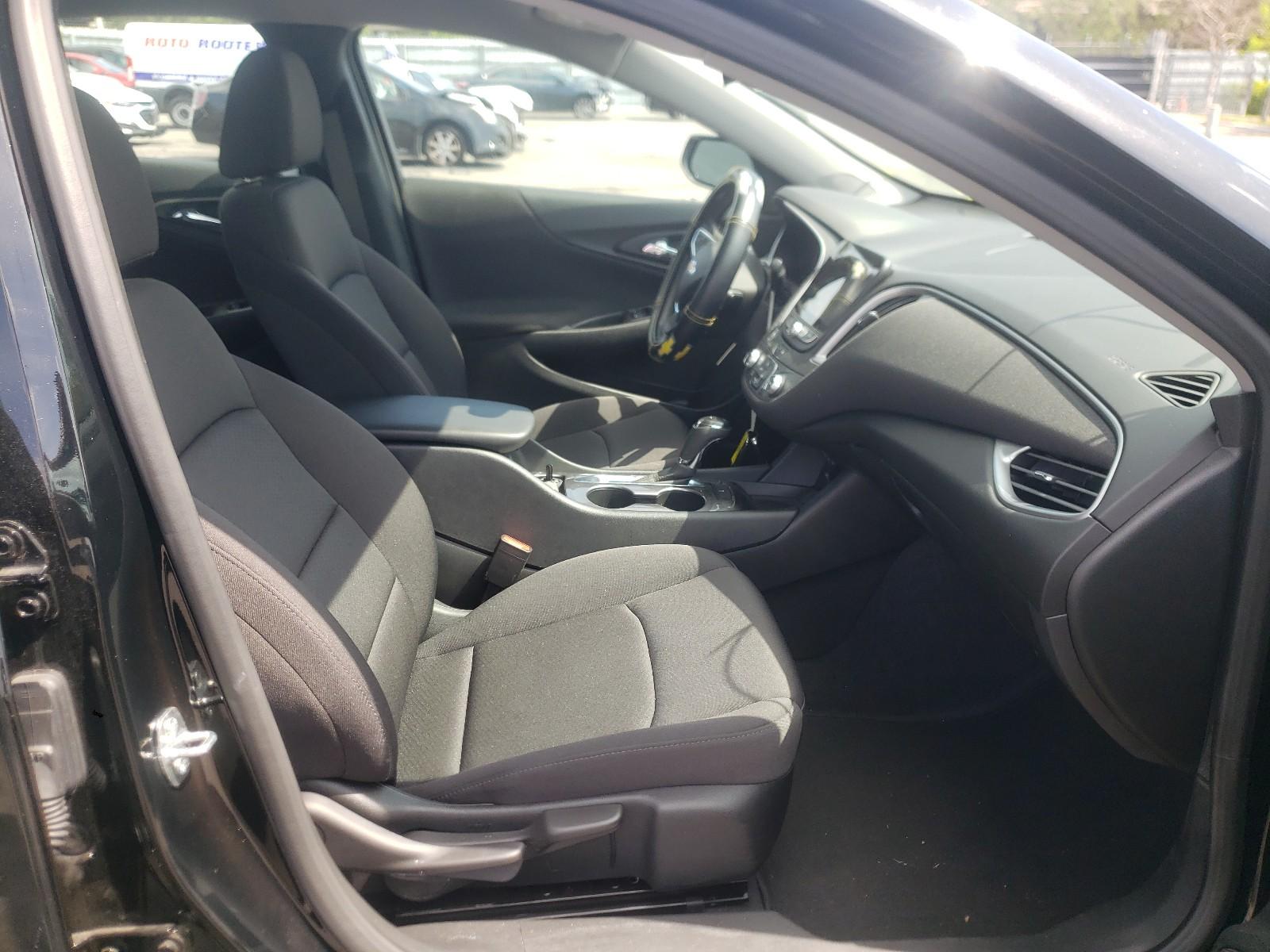 Chevrolet Malibu ls 2020
