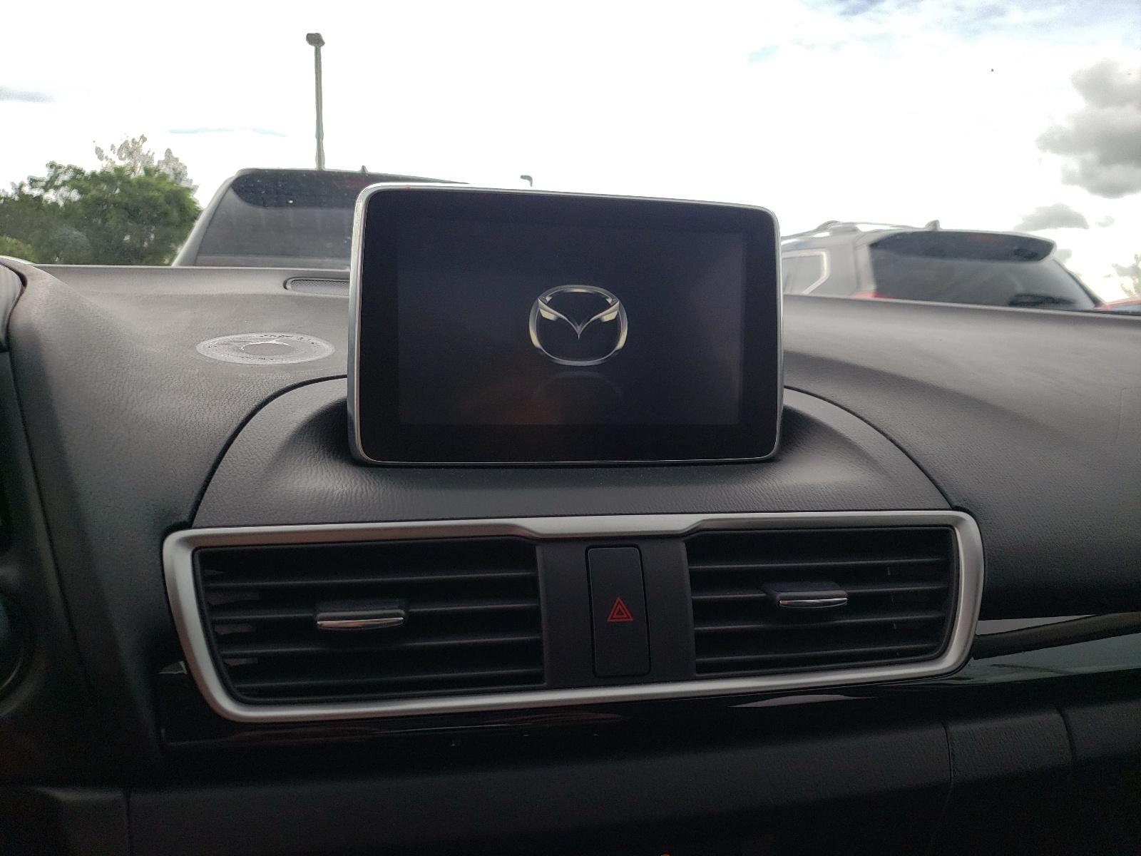 Mazda 3 touring 2016