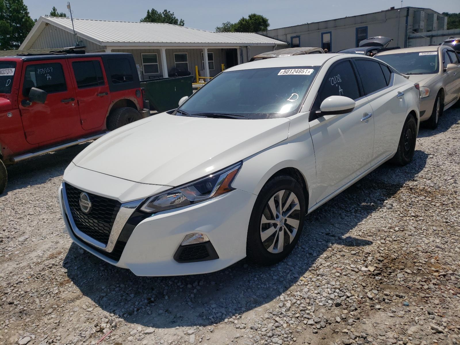 Nissan Altima s 2020