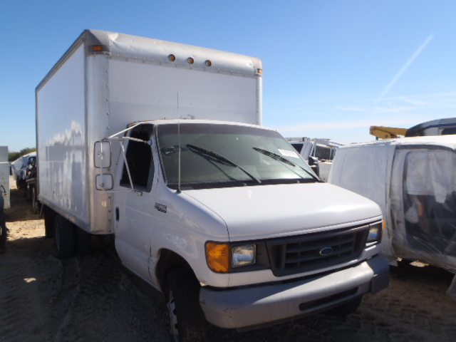 COPART Lot #27164097 2005 FORD E350 SUPER