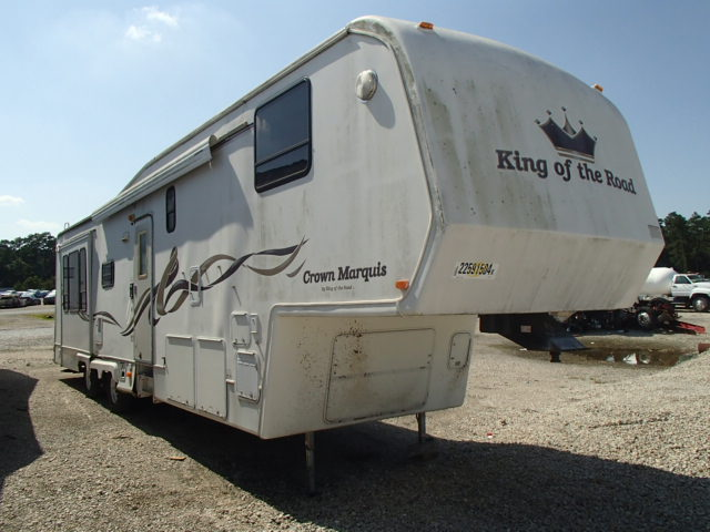 Salvage R | 1998 King 5th Wheel