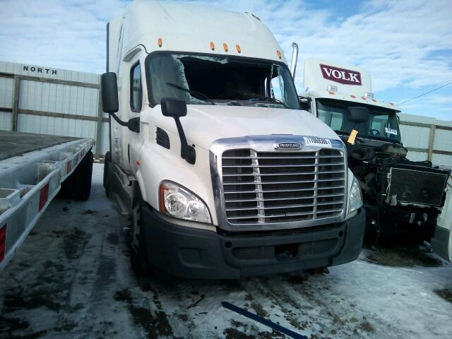 COPART Lot #17069586 2015 FREIGHTLINER CASCADIA 1