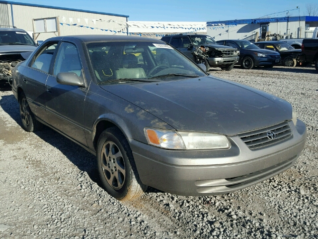 4T1BF28K0XU087812 - 1999 TOYOTA CAMRY LE/X