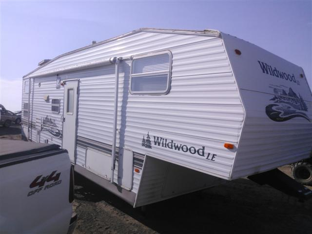 4X4FWDD2X5R333606 - 2005 FORE WILDWOOD