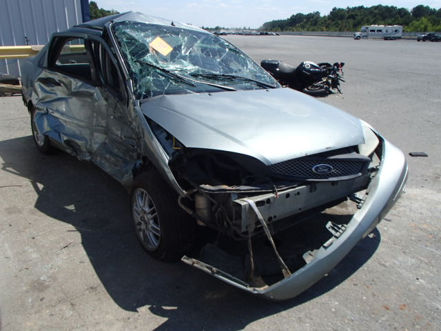 COPART Lot #33651946 2006 FORD FOCUS ZX4