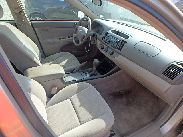 4T1BE32K52U089971 - 2002 TOYOTA CAMRY LE/X