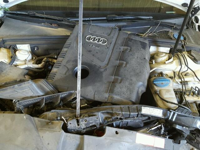 WAUDFAFLXAN020409 - 2010 AUDI A4 2.0T QU