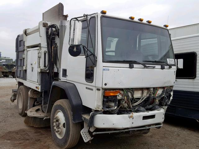 click here to view 2001 STERLING TRUCK SC 8000 at IBIDSAFELY