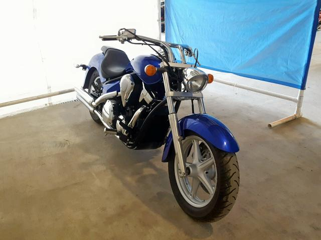 click here to view 2016 HONDA VT1300 CR at IBIDSAFELY