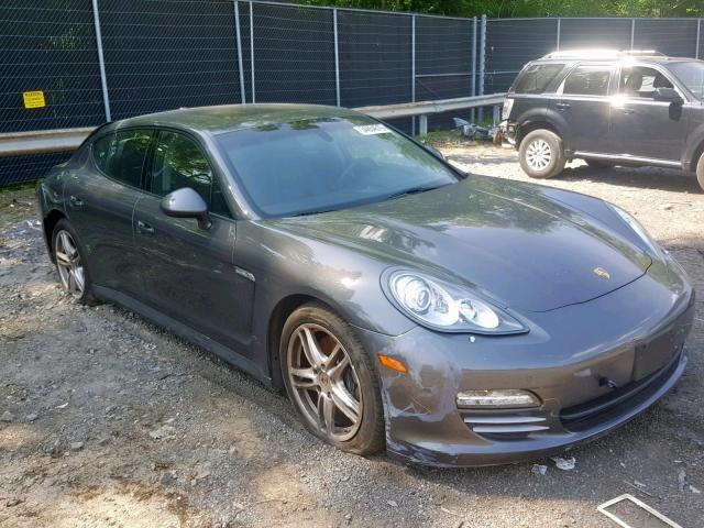 click here to view 2013 PORSCHE PANAMERA 2 at IBIDSAFELY