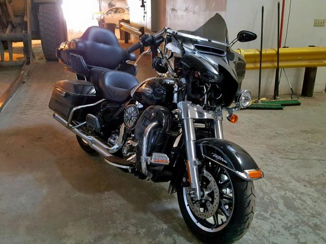 click here to view 2014 HARLEY-DAVIDSON FLHTCU ULT at IBIDSAFELY