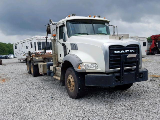 click here to view 2015 MACK 500 GU500 at IBIDSAFELY