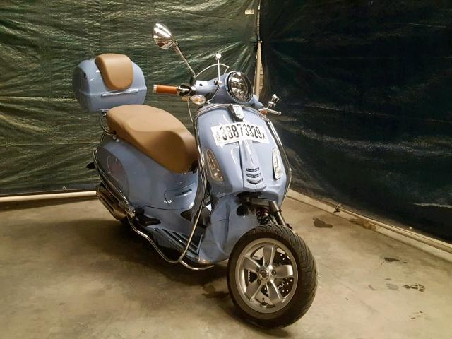 click here to view 2017 VESPA SPRINT 150 at IBIDSAFELY