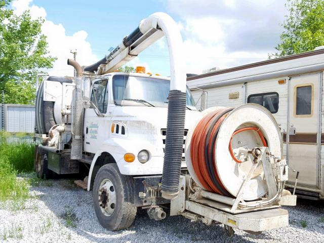 click here to view 2001 STERLING TRUCK L 7500 at IBIDSAFELY