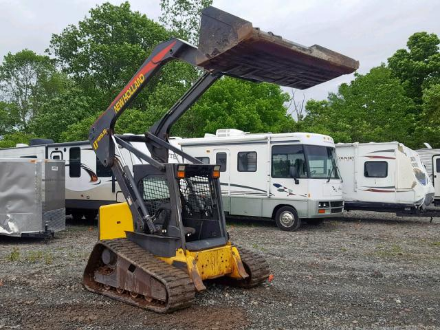 click here to view 2005 NEWH SKIDSTEER at IBIDSAFELY