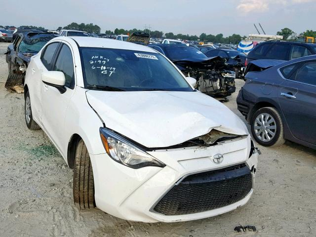 click here to view 2019 TOYOTA YARIS L at IBIDSAFELY