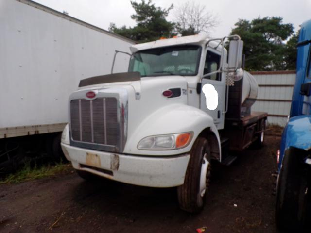 click here to view 2015 PETERBILT 337 at IBIDSAFELY