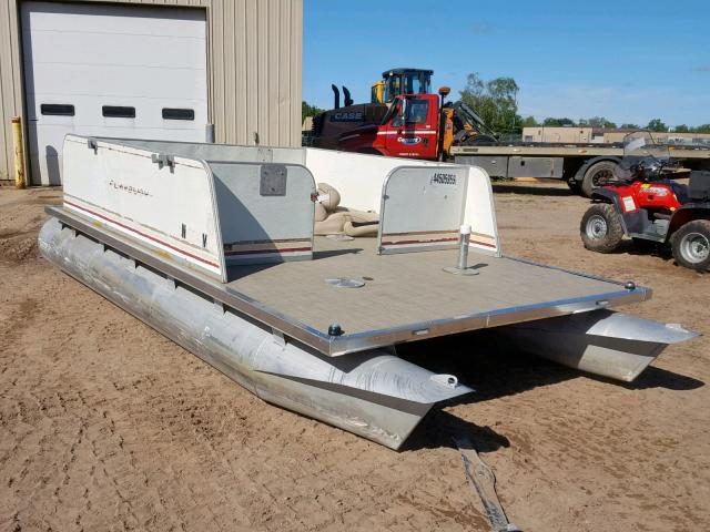 click here to view 1982 BOAT PONTOON at IBIDSAFELY