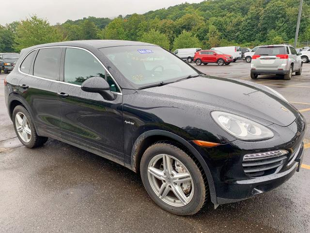 click here to view 2014 PORSCHE CAYENNE S at IBIDSAFELY
