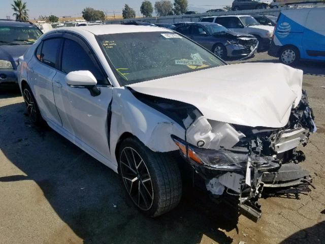 click here to view 2018 TOYOTA CAMRY L at IBIDSAFELY