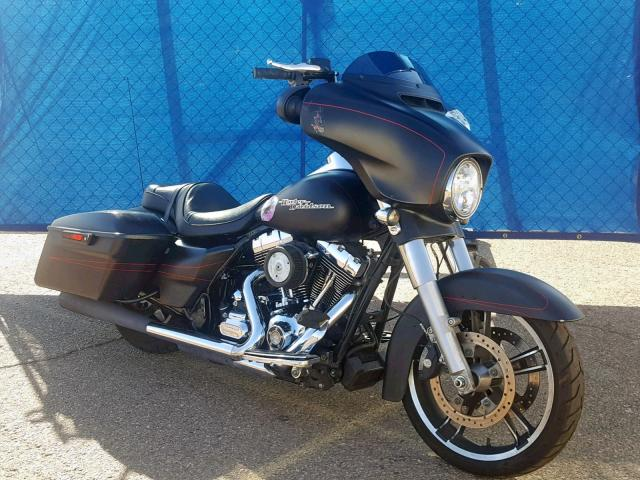click here to view 2016 HARLEY-DAVIDSON FLHXS STRE at IBIDSAFELY