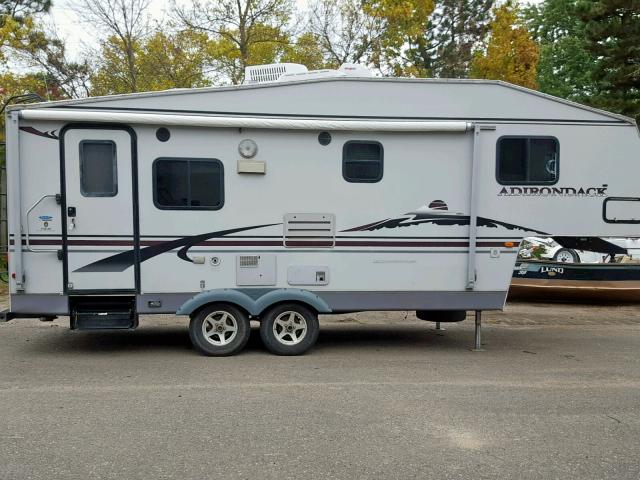 click here to view 2005 THOR ADIRONDACK at IBIDSAFELY