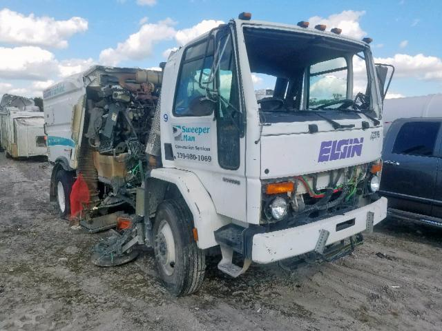 click here to view 2003 STERLING TRUCK SC 8000 at IBIDSAFELY