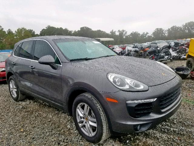 click here to view 2017 PORSCHE CAYENNE at IBIDSAFELY