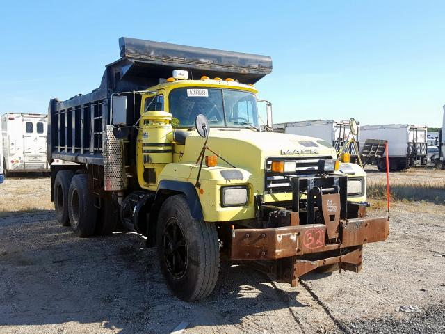 click here to view 2000 MACK 600 RD600 at IBIDSAFELY