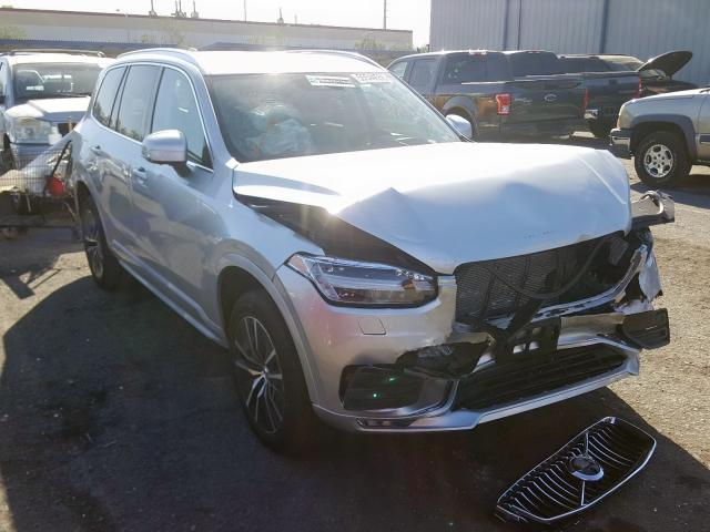 click here to view 2020 VOLVO XC90 T6 MO at IBIDSAFELY