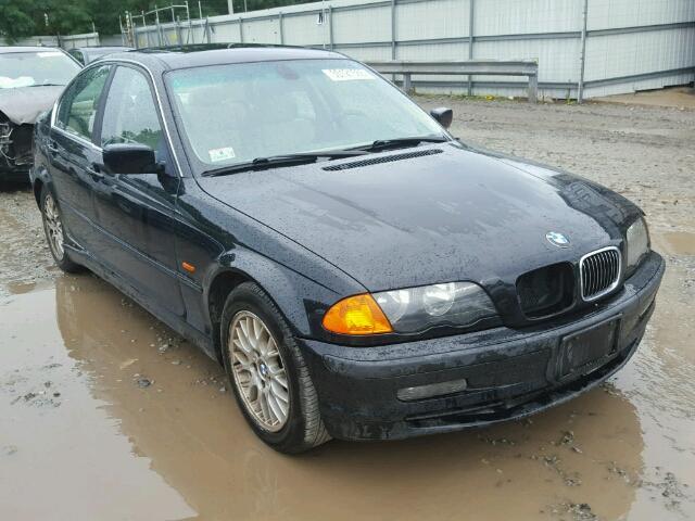 WBAAM5348YFR19979 - 2000 BMW 328I