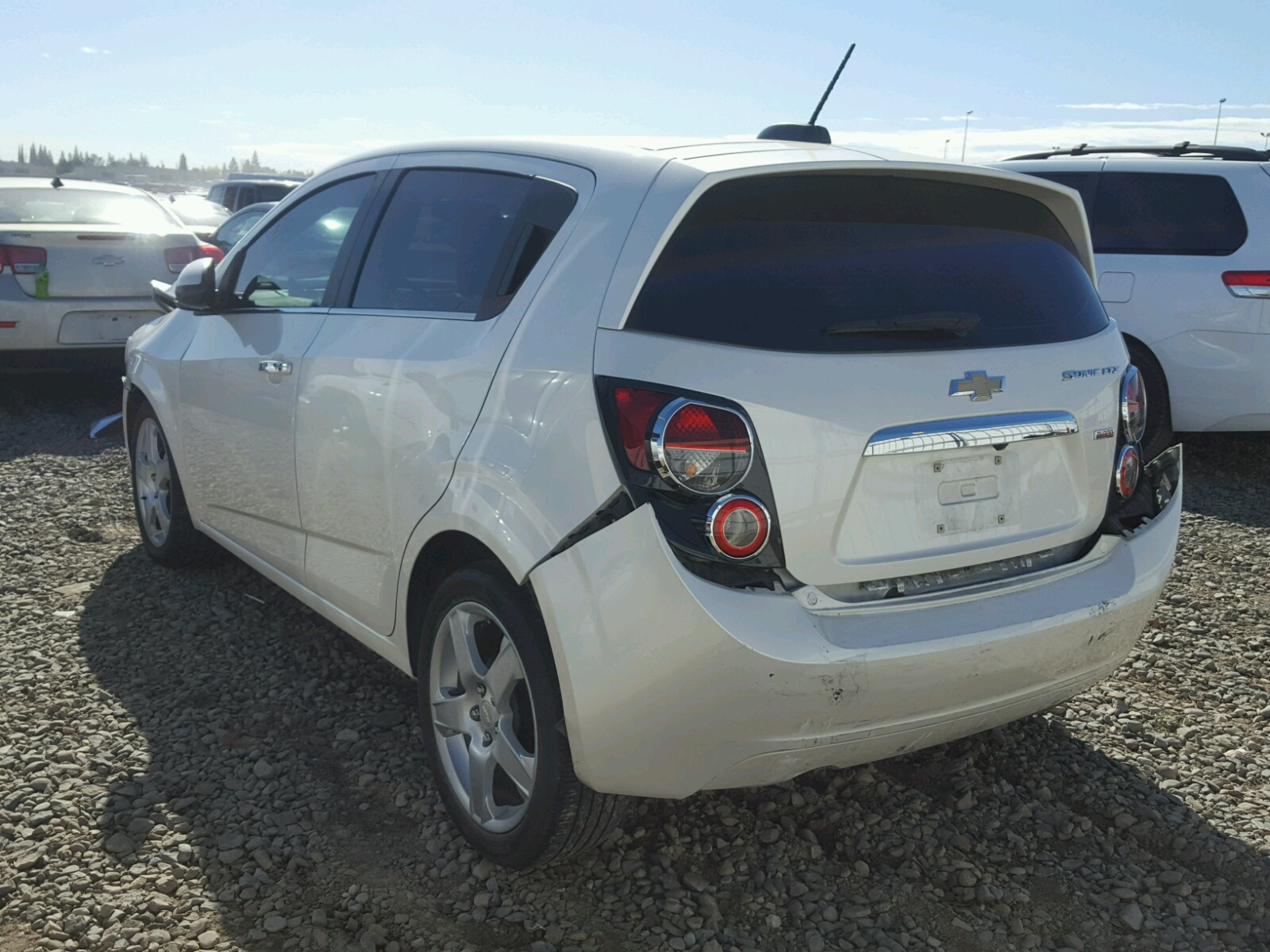 photo photos chevrolet rs original driver hatchback reviews and sonic news s specs car price
