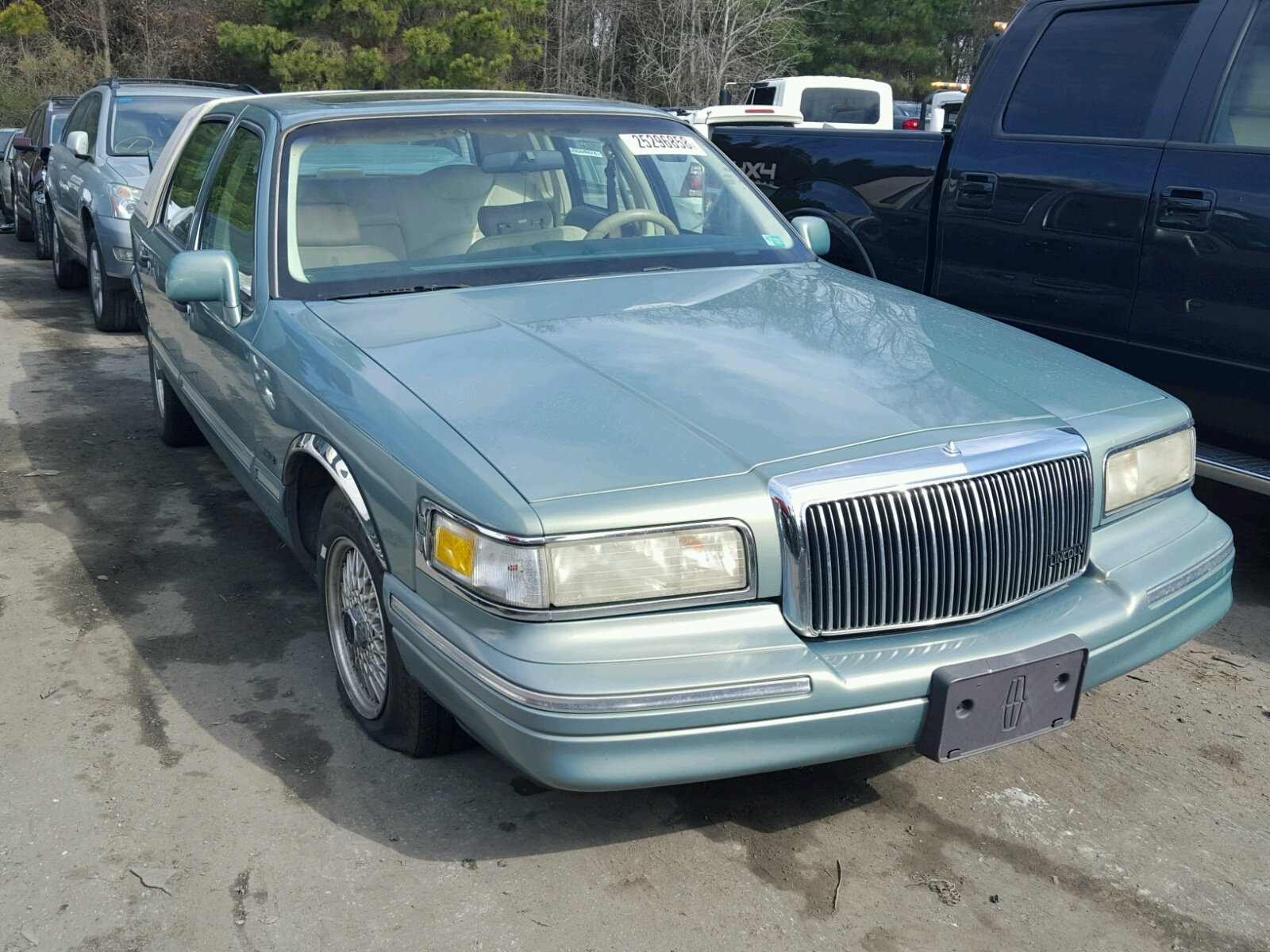 overview cargurus town cars lincoln sale car pic for