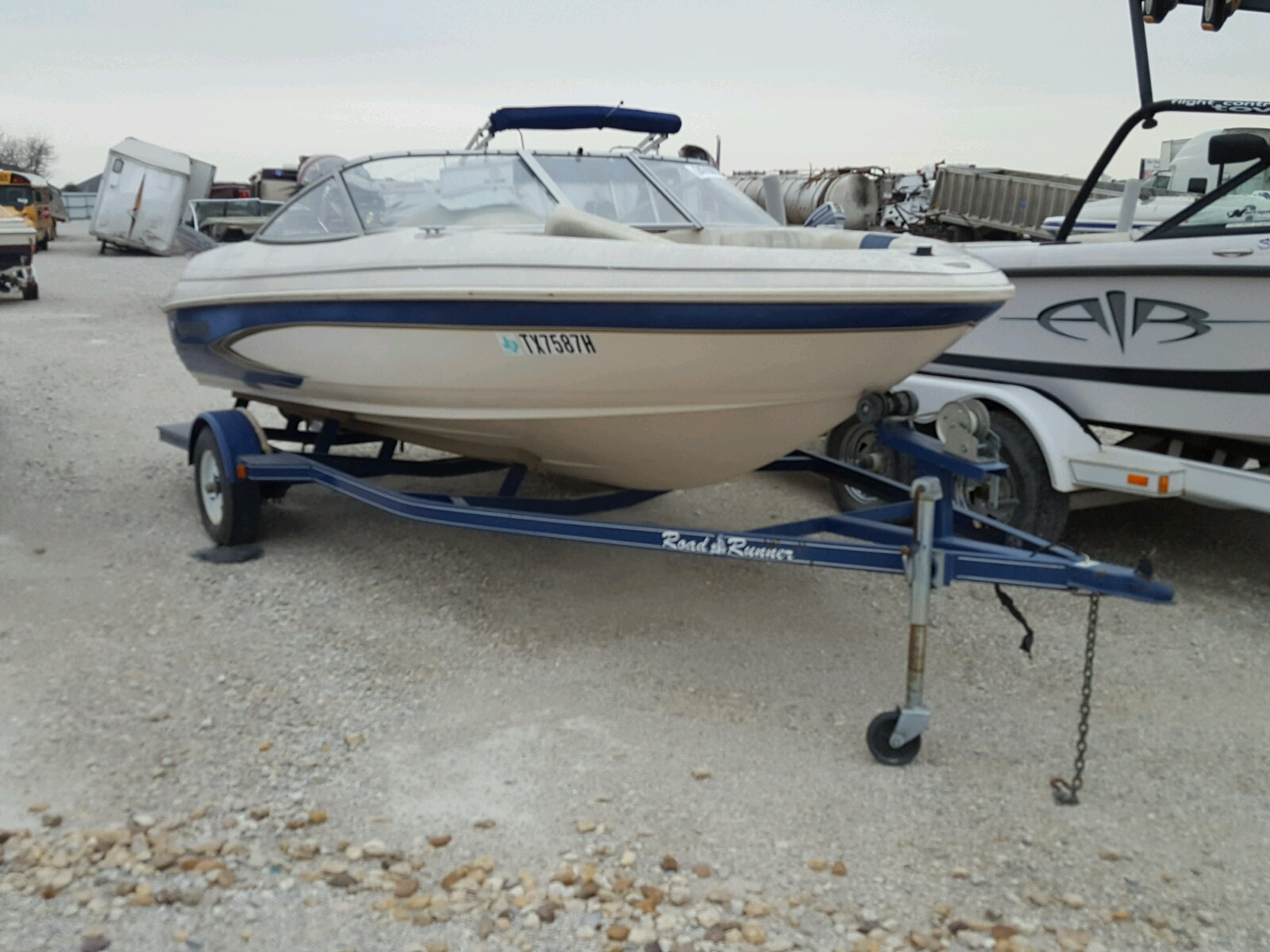 Salvage 1999 Acura BOAT for sale