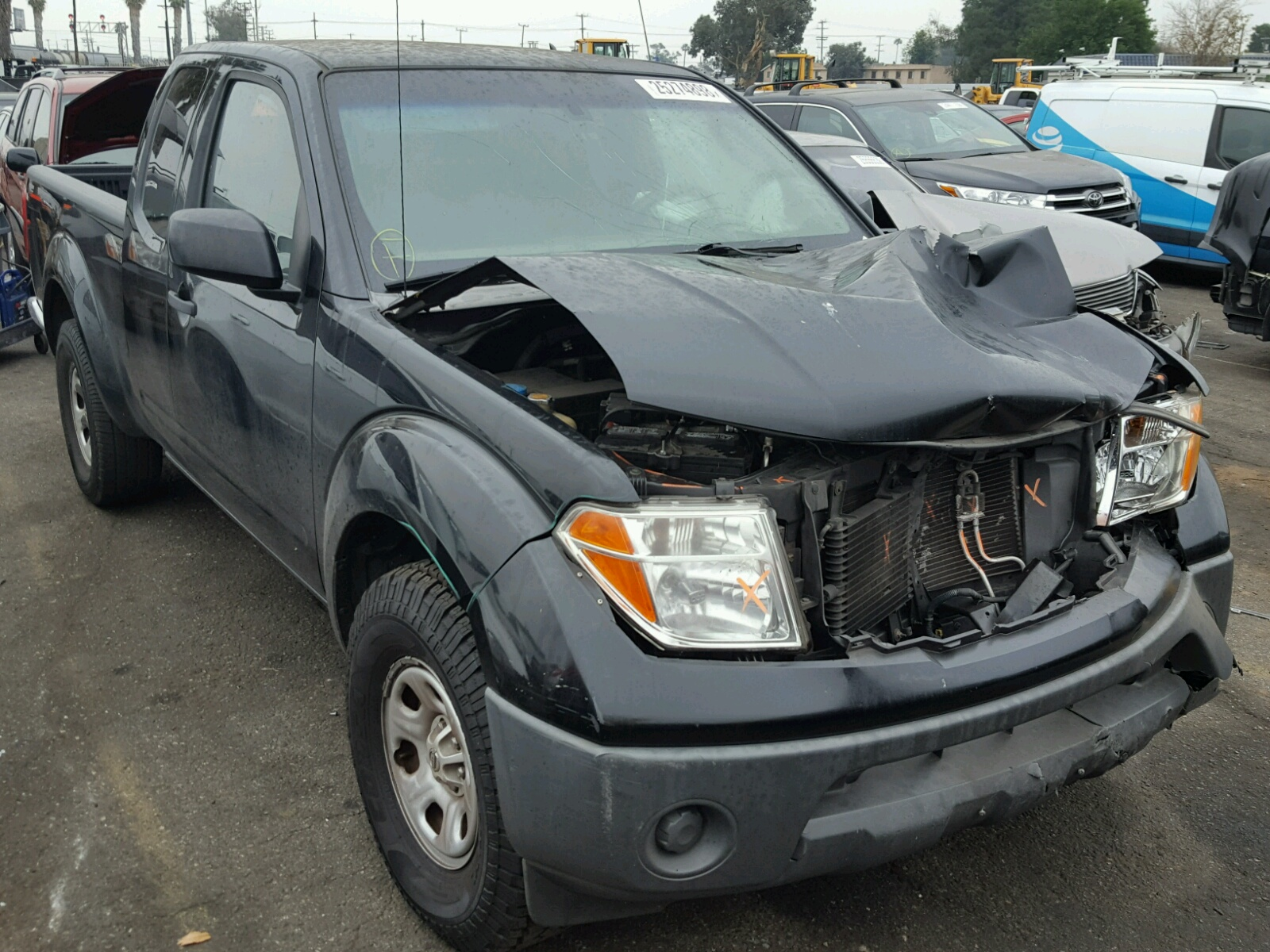 Salvaged NISSAN FRONTIER for Auction - AutoBidMaster