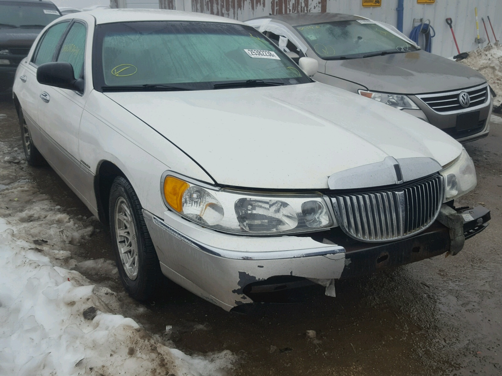 Auto Auction Ended On Vin 1lnfm97v5wy698020 1998 Lincoln Continenta In Md Baltimore