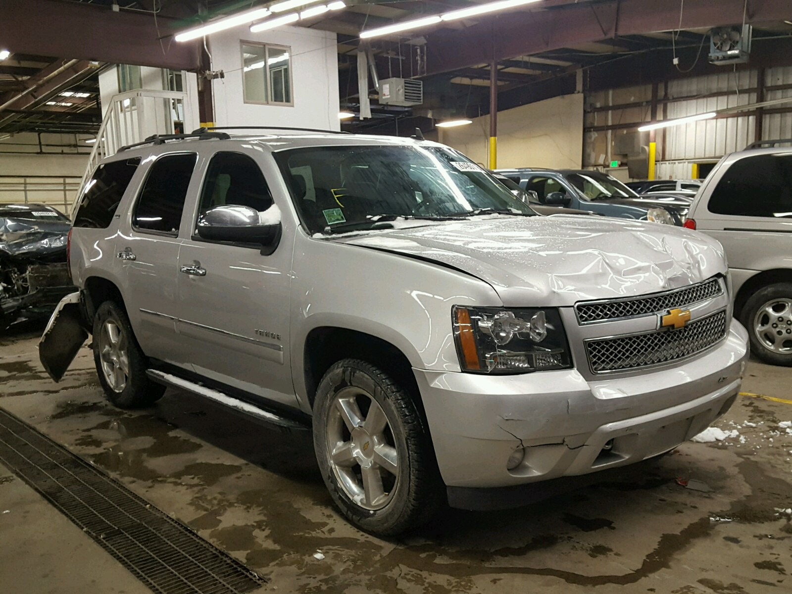 window januar suv chevrolet auction tahoe sold in new item full size police
