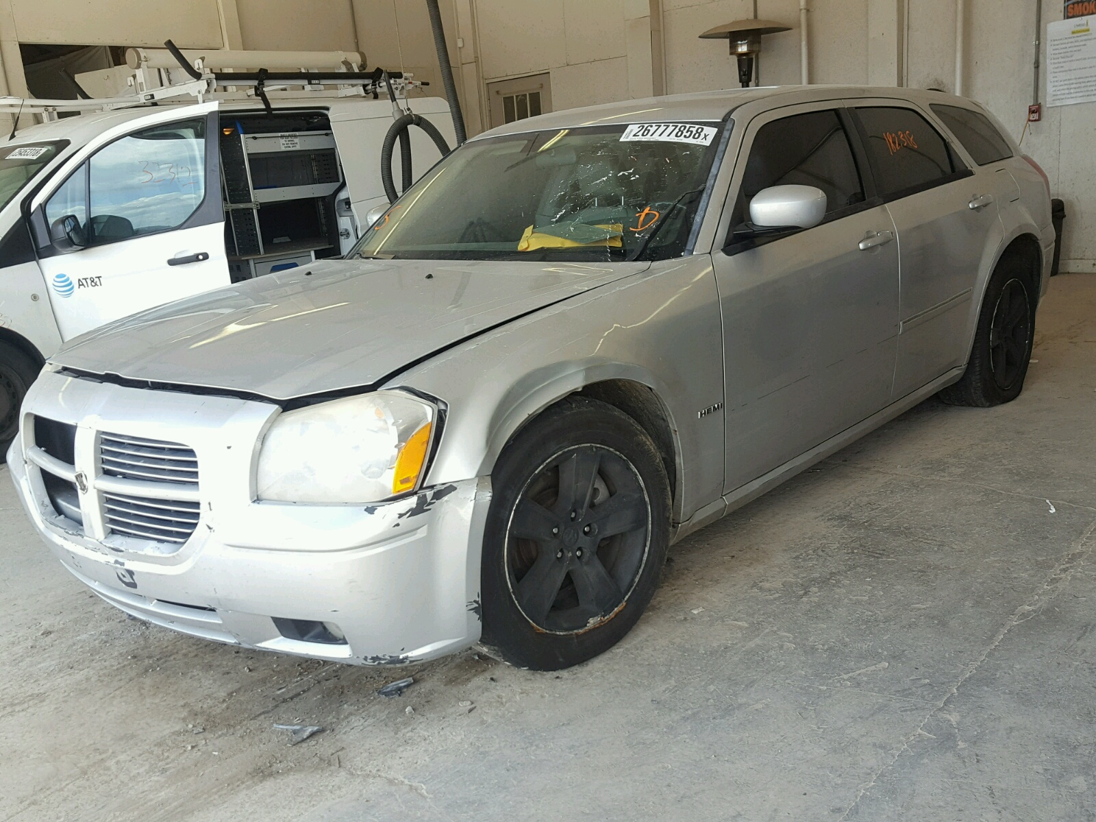 used wagon se dodge sale for magnum rwd