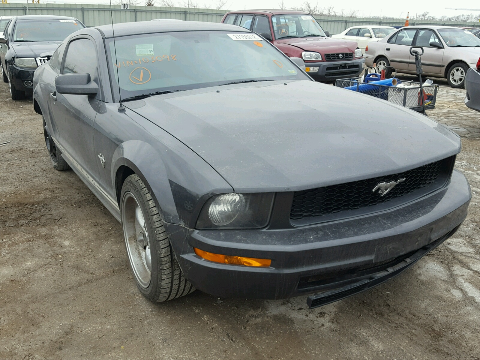 1ZVHT80N695103098   2009 CHARCOAL FORD MUSTANG on Sale in KS ...