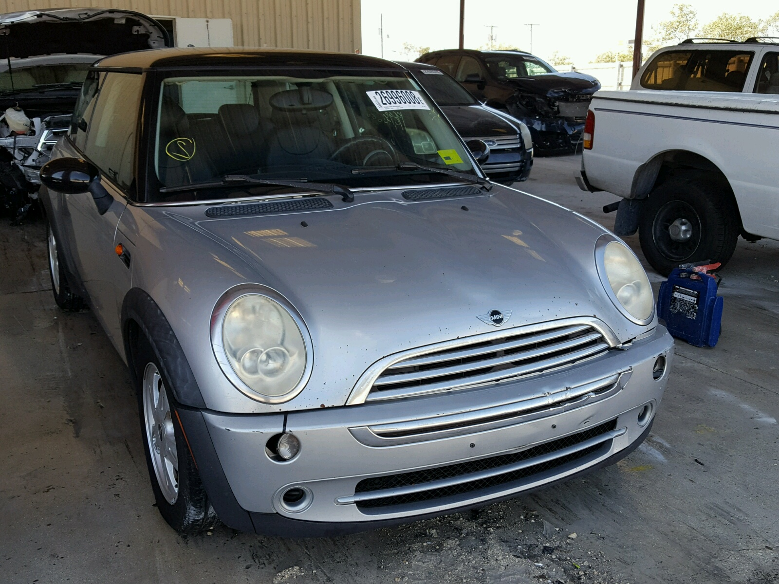 Auto Auction Ended on VIN WMWRC TK 2006 MINI COOPER in FL