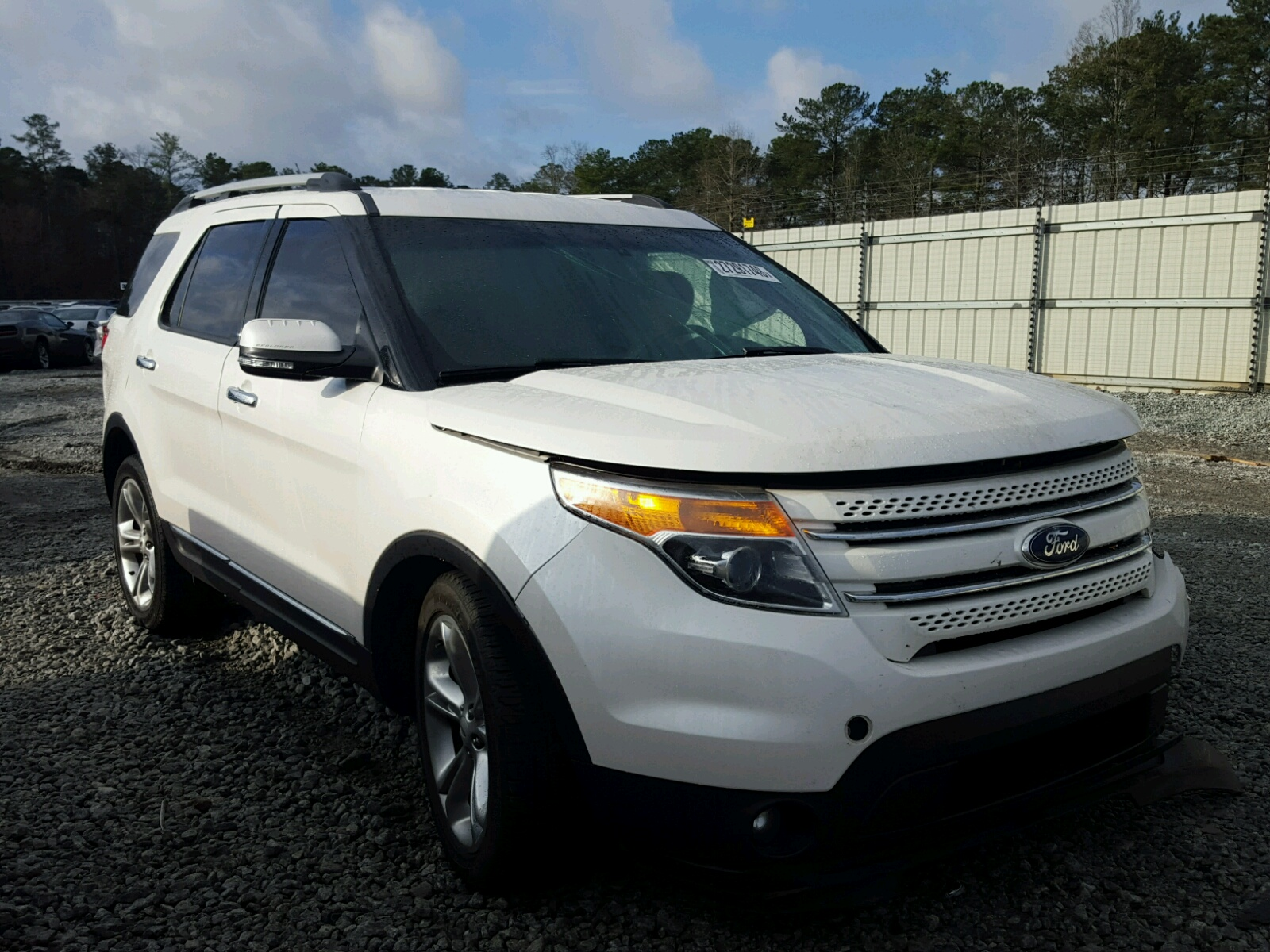 1fm5k7f83ega14684 2014 ford explorer l 3 5l left view