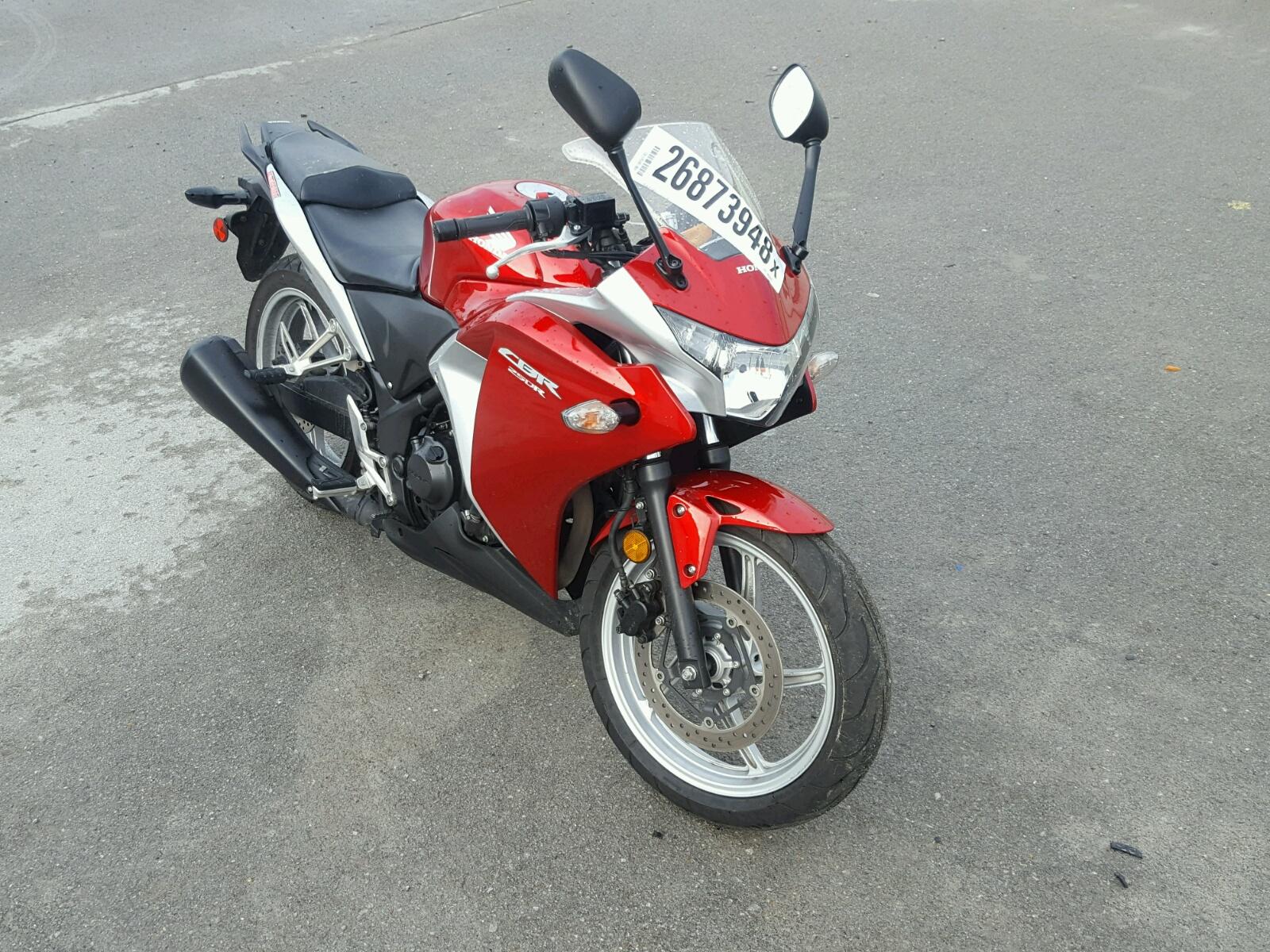 2011 HONDA CBR250 R 1