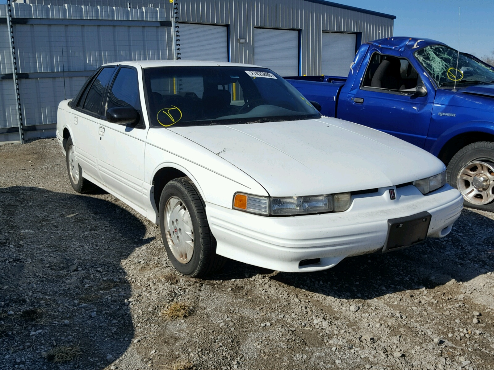 Salvaged OLDSMOBILE CUTLASS for Auction - AutoBidMaster