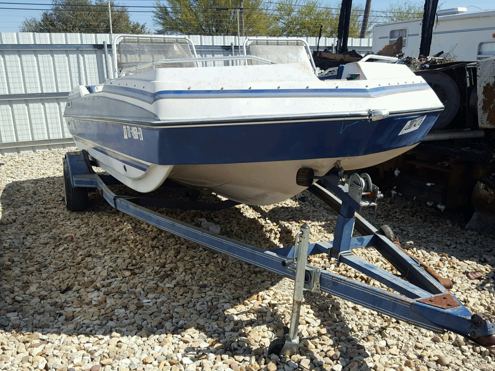 Salvage 1992 Other DECKBOAT19 for sale